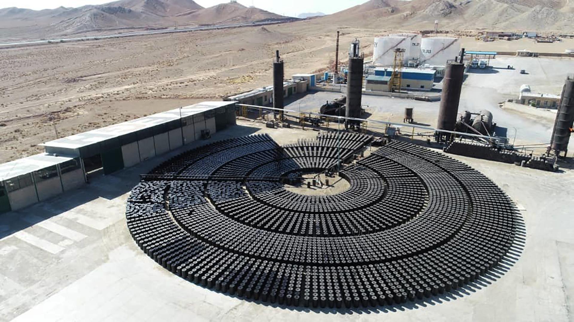 supplying bitumen